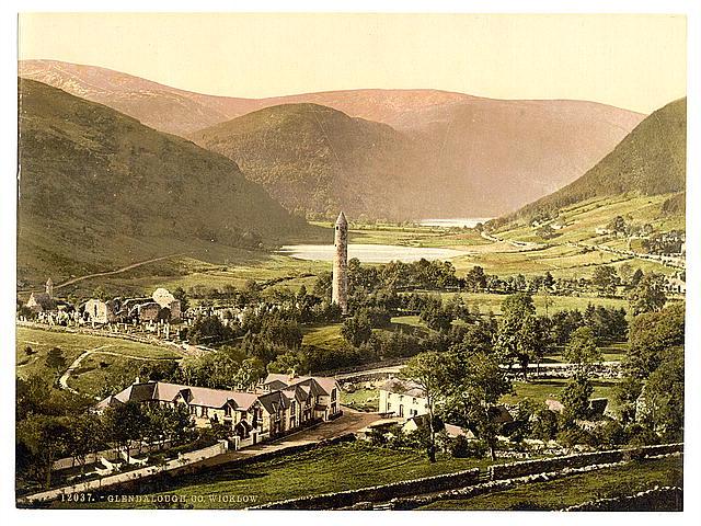 Glendalough roundtower
