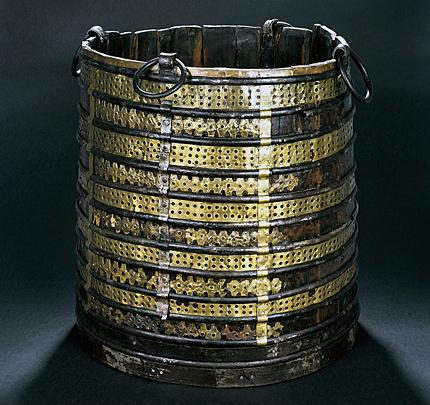 Oseberg-viking-bucket.jpg