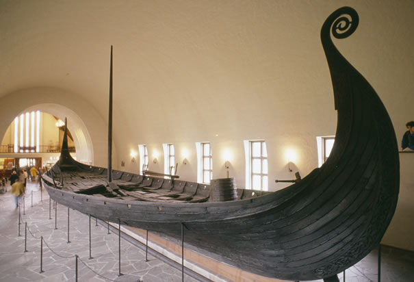 Dendrochronological Dating Of The Viking Age Steamer Burials At Oseberg Gokstad And Be on the qui vive Norway