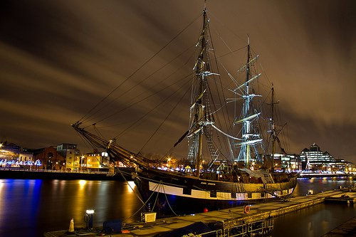 Image after http://www.inyourpocket.com/ireland/dublin/What-to-See/Museums/Jeanie-Johnston-Tall-Ship-and-Famine-Museum_95698v