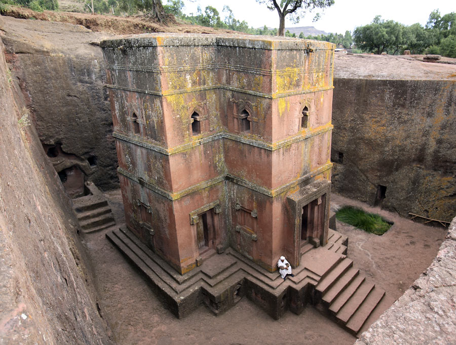 St_-George-Church---Ethiopia-2