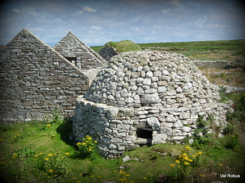 Stupendous Early Medieval Ireland In Photos Irish Archaeology Interior Design Ideas Apansoteloinfo