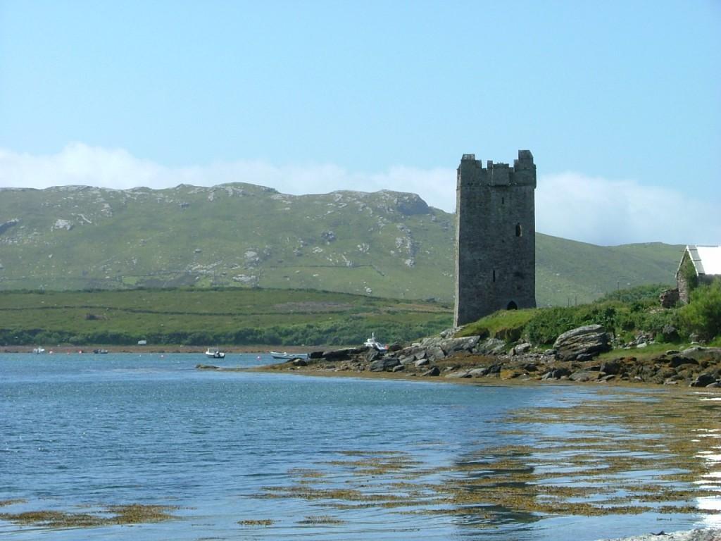 Carrickkildavnet tower house castle