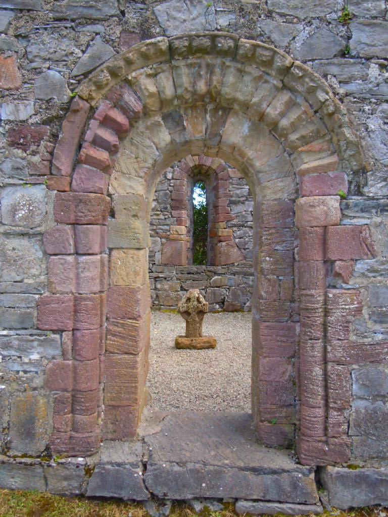 Inishfallen church doorway