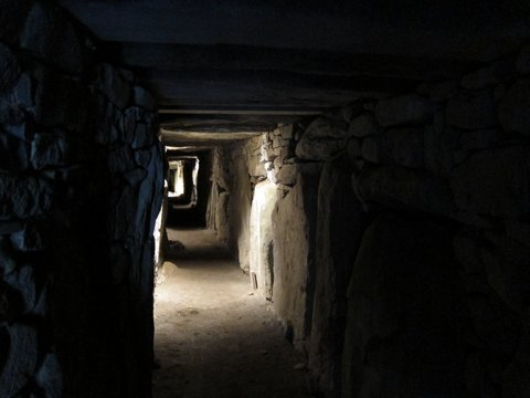 Knowth passage