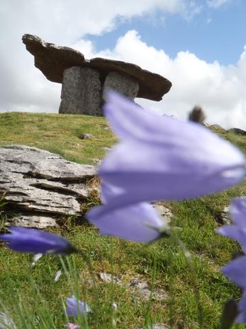 Poulnabrone portal tomb co clare ireland