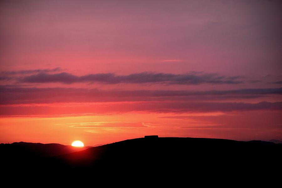 Summer sunset at the Grianán