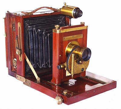 antique_19th_century_cameras