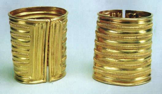 Derrinboy Late Bronze Age gold armlets
