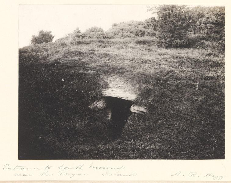 Dowth entrance
