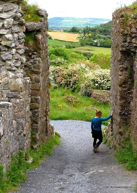 Medeival gateway