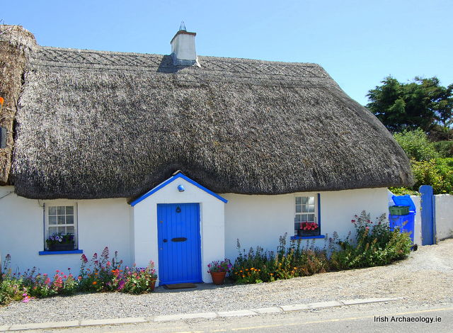 Traditional thatched cottages kilmore quay wexford irish archaeology - The thatched cottage ...