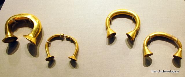Bronze Age gold bracelets
