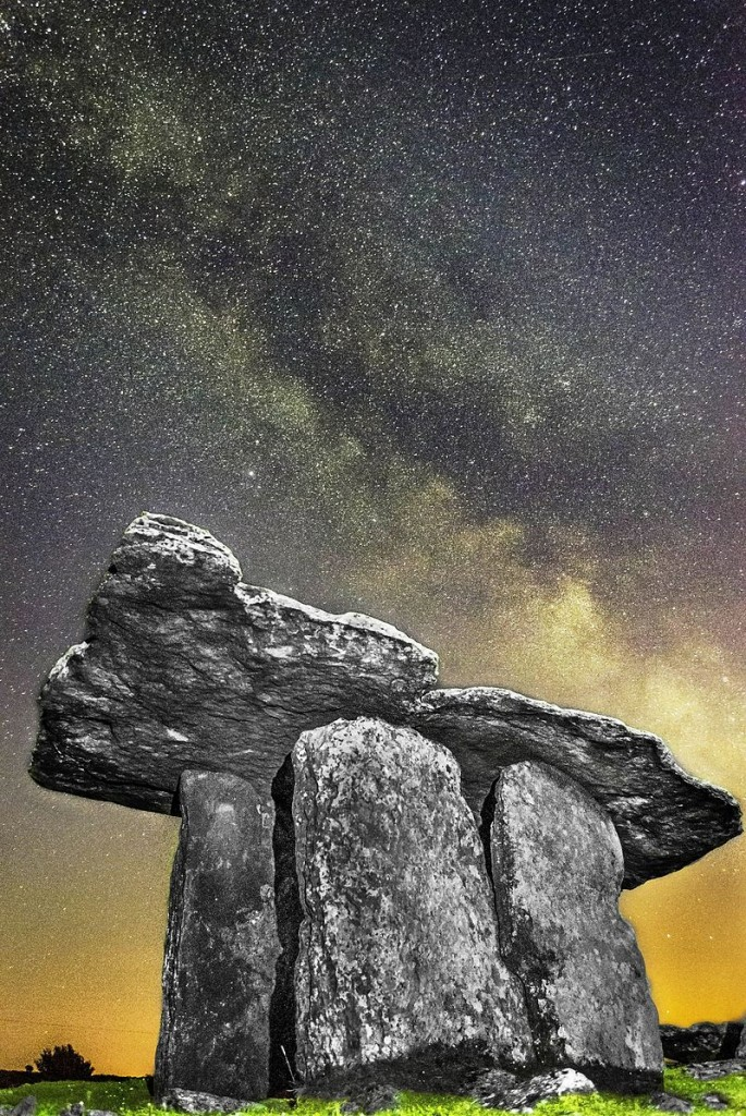 Milky_Way_Photo_of_Poulnabrone_Dolmen,_The_Burren,_Co_Clare,3,_Pic_By_Frank_Chandler_(2) (1)