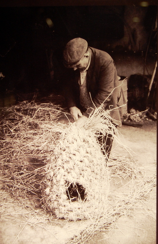 weaving-straw